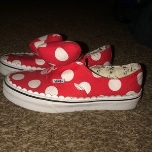 Vans limited edition Minnie slip ons